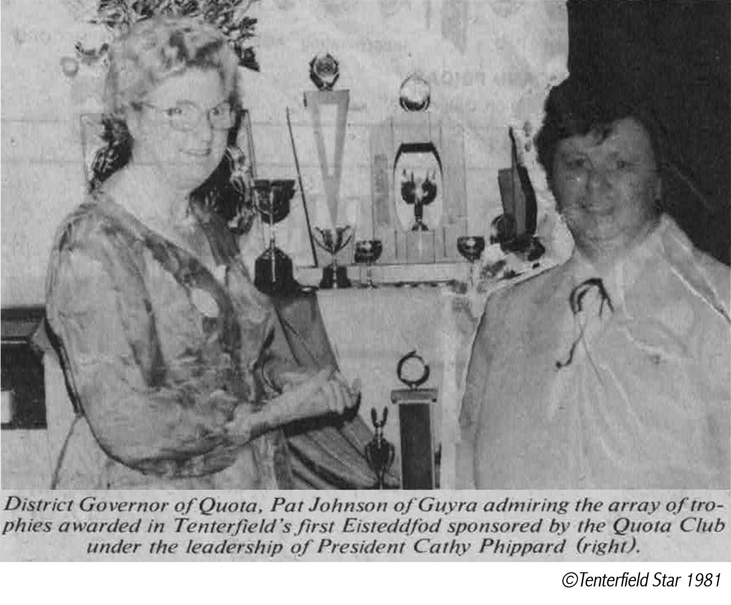 Cathy Phippard & Trophies_©TentStar1981